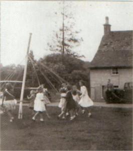 Maypole on Box Green